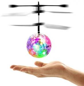RC Helicopter Fly Ball Volgt Uw Hand Zwevend