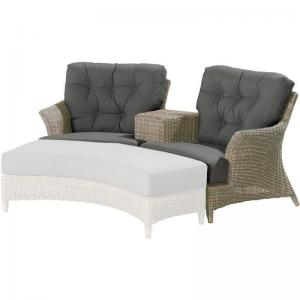 4 Seasons Outdoor Valentine Love Seat Met Kussens